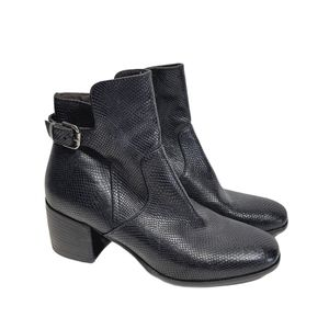 Gianluca Tombolini Black Leather Ankle Boots
